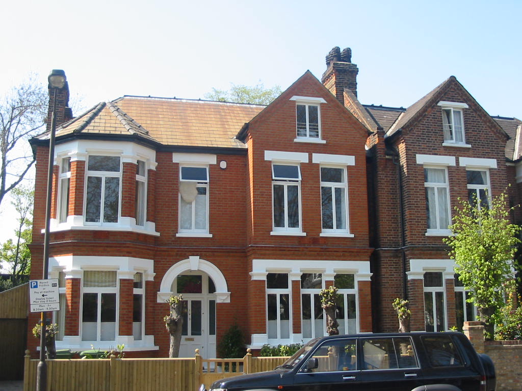 Brick Cleaning - Red bricks - cleaned, pointed & painted - Winterbrook, Dulwich